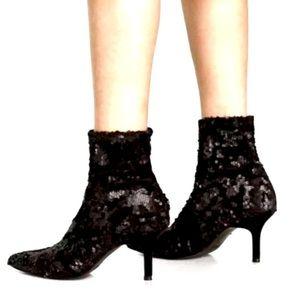 NWT Zara velvet and sequin black boot
